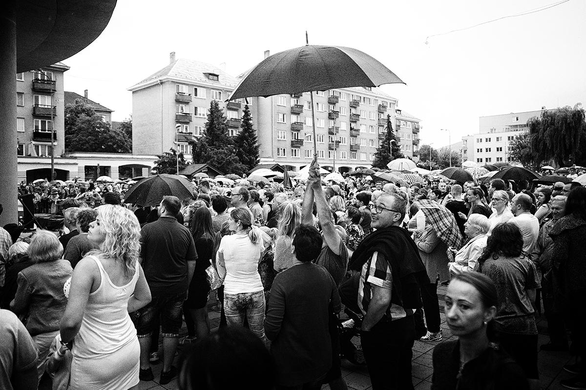 roman holý: dni mesta